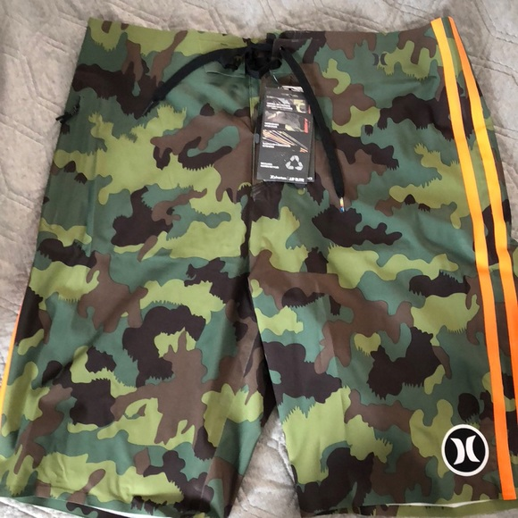 e3d7130db3 Hurley Phantom JJF Elite Board Shorts Size 32 NWT